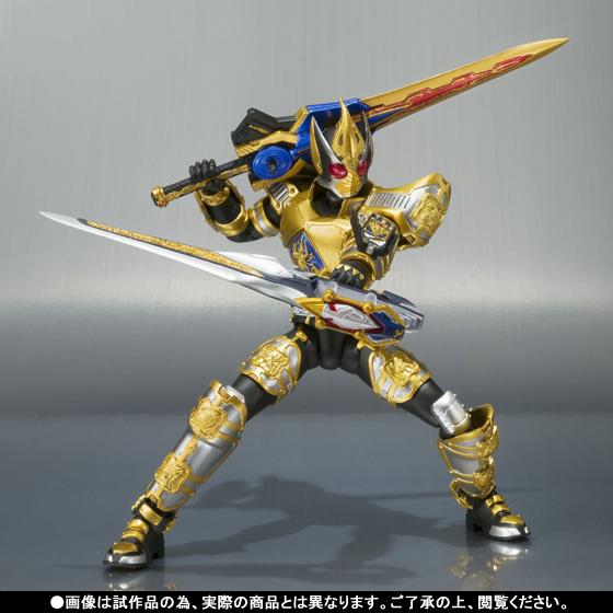 Firestarter's Blog: S.H. Figuarts Kamen Rider Blade King Form ...