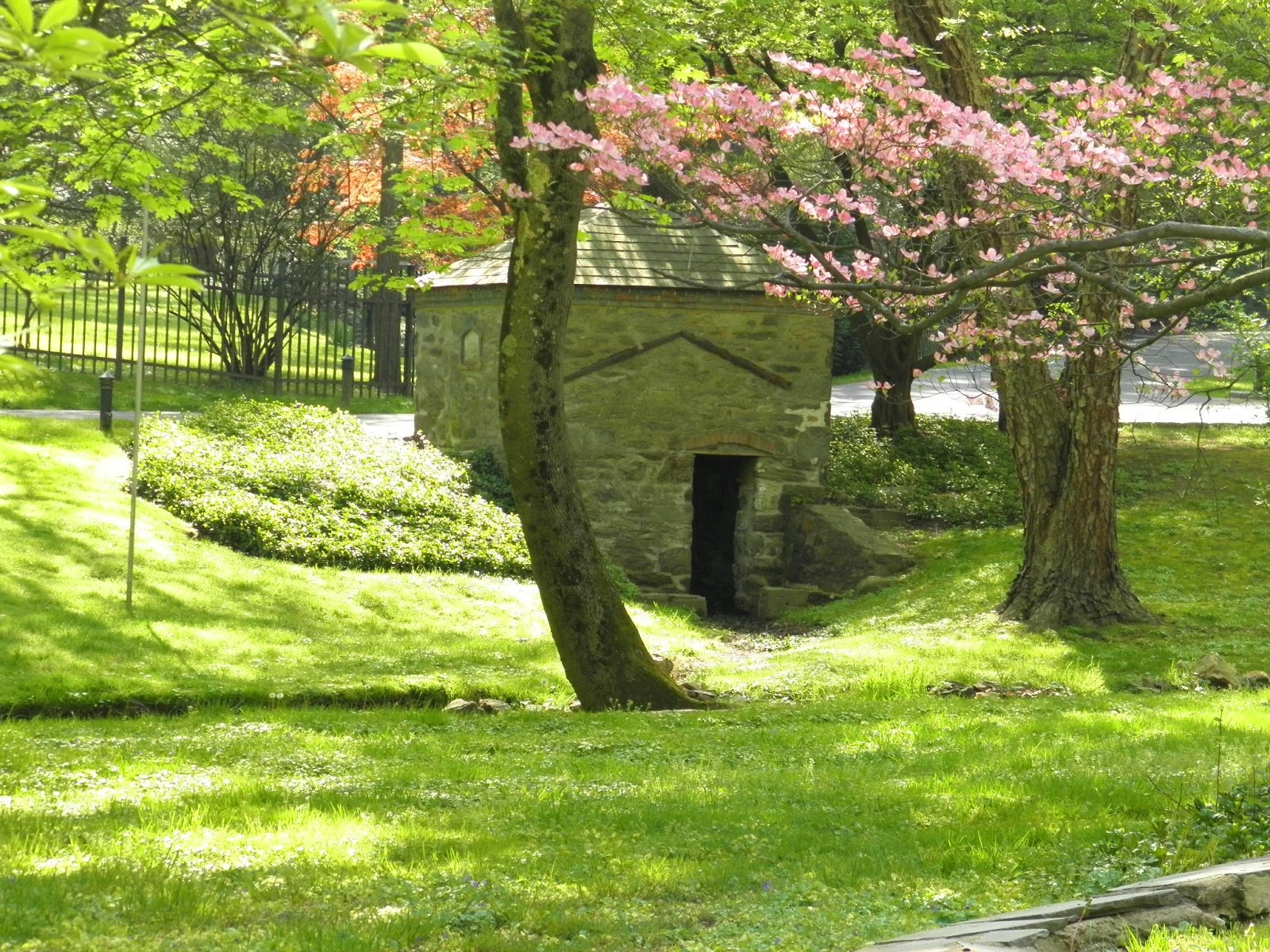 Good Things by David: Spring Houses