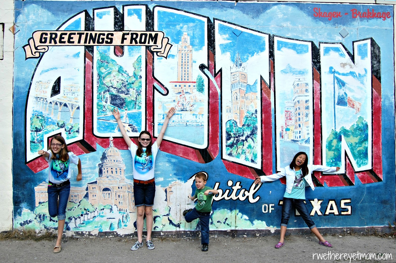 austin mural photo scavenger hunt austin tx r we