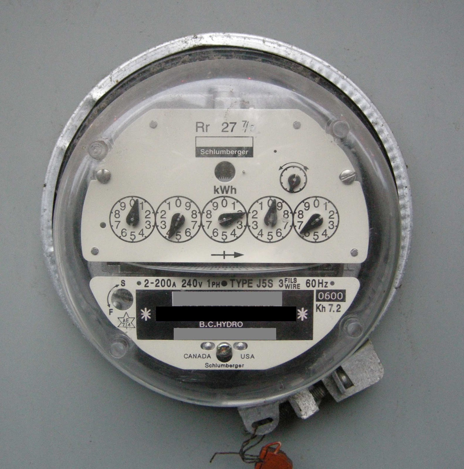 Analogue Meter Vs Smart Meters : Borg collective a bc hydro smart meter that smiles