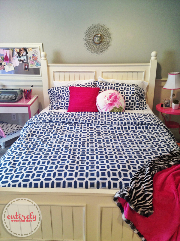 I am in love with this pink an blue bedroom for a girl  So many. Blue and Pink Girl s Bedroom   Entirely Eventful Day