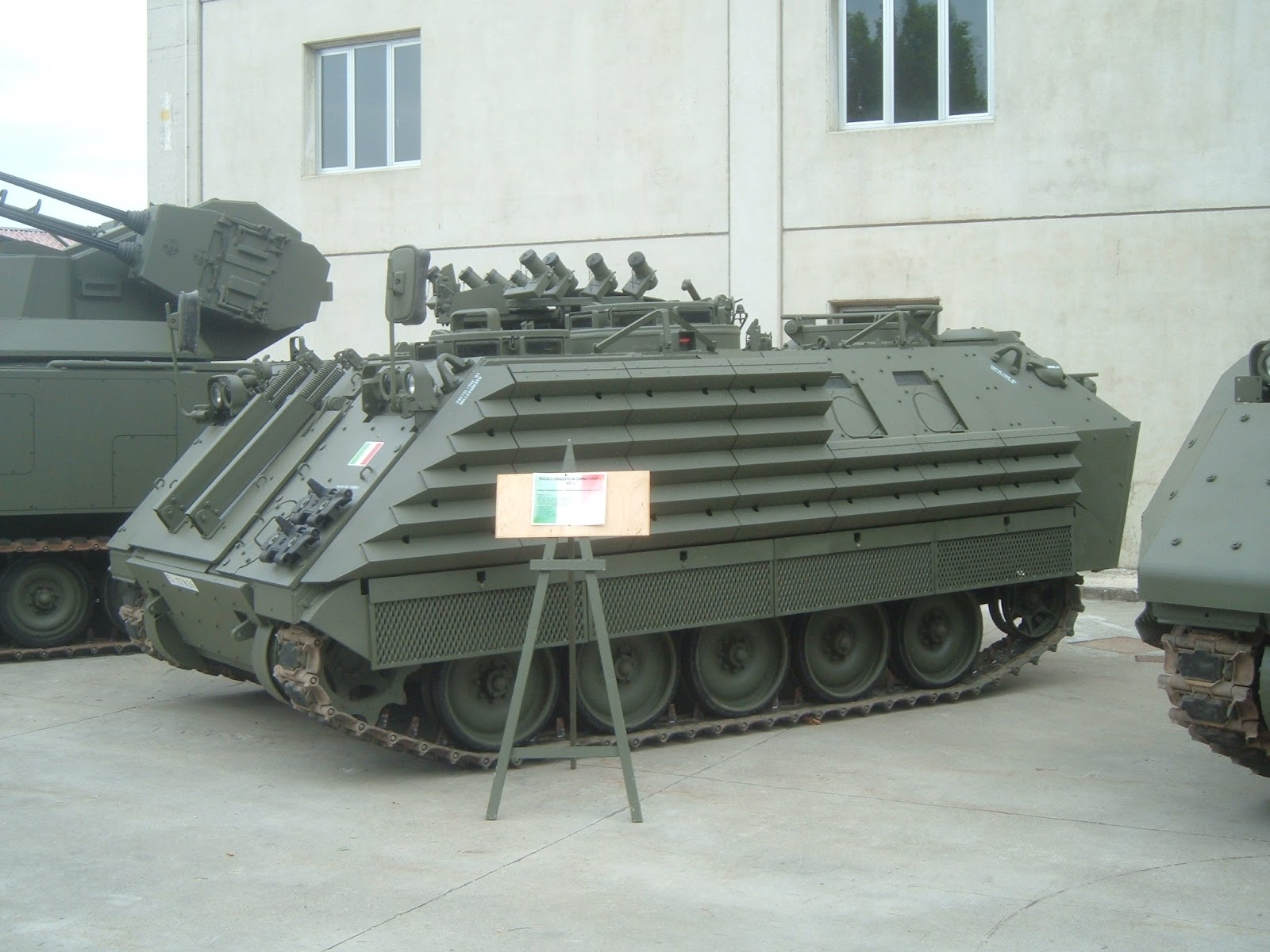 UK Armed Forces Commentary: Day of tanks!
