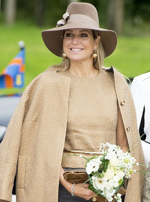 Queen Maxima attend the 50th jubilee, organized by the Jajasan foundation of the Moluccan (Molukse) community in the Lachai-Roi church