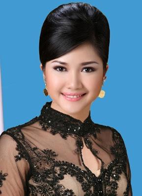 Percha Leanpuri, Anggota DPD Perempuan Termuda