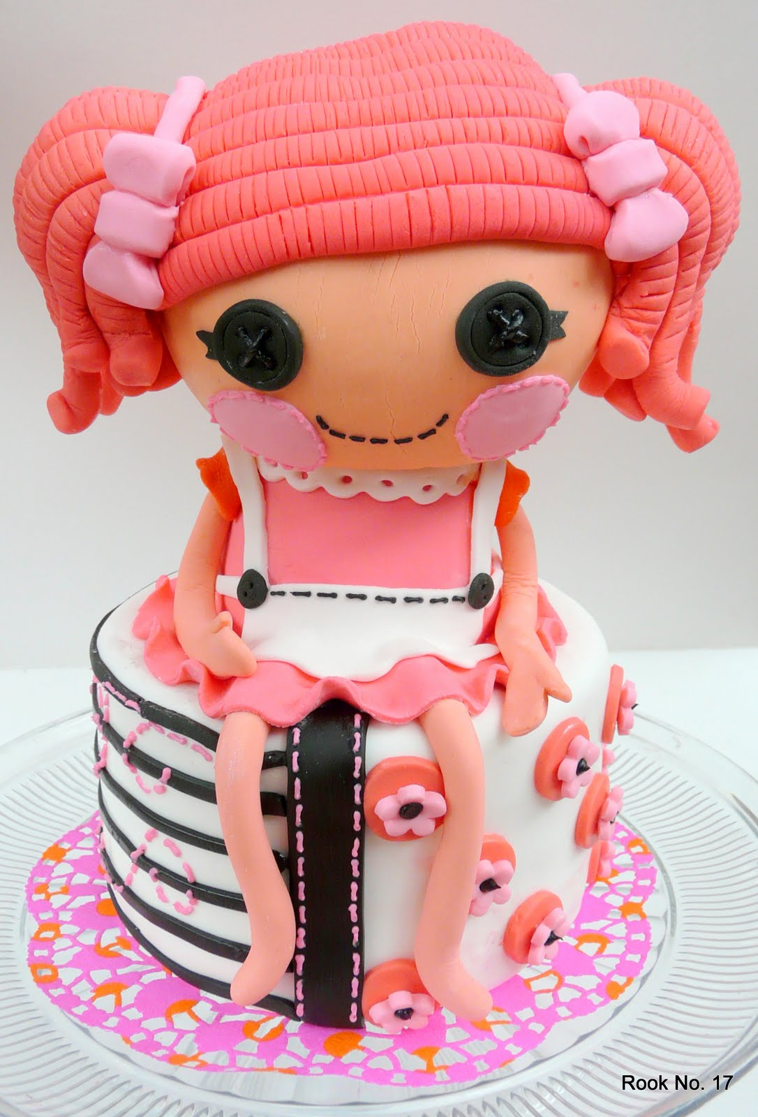 Images For Cute Cake : *Jennuine by Rook No. 17*: Lalaloopsy Birthday Cake -- Sew ...