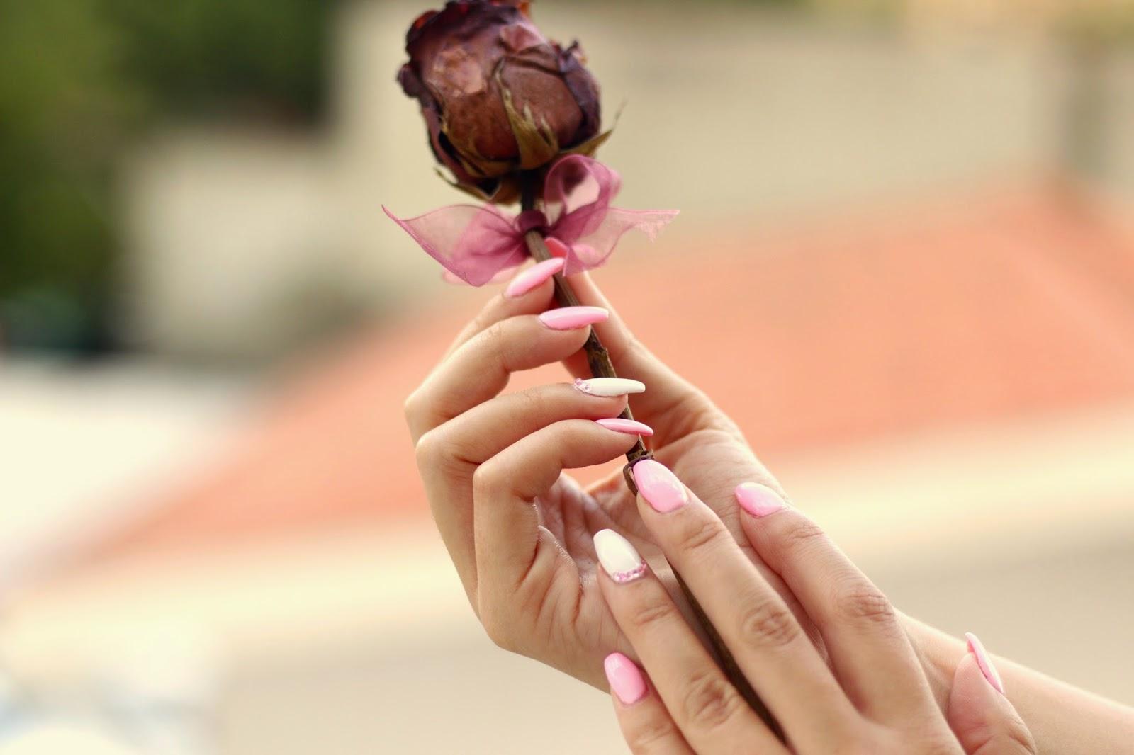 unhas de gel rosa pink