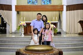 FOTO KELUARGA ANAK BAPTIS 1 FEBRUARI 2015