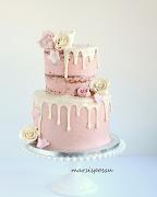 Ruusuinen naked cake