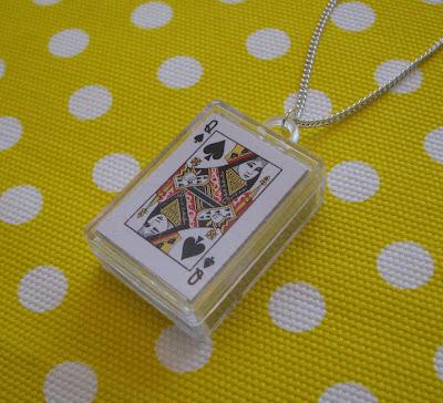 korttipakkariipus