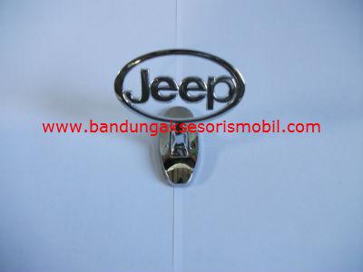 Logo Kap Mesin Jeep Berdiri