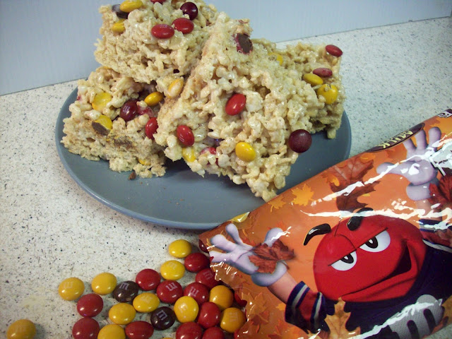Fall M&M Rice Krispie Treats #Harvestfun #shop #cbias