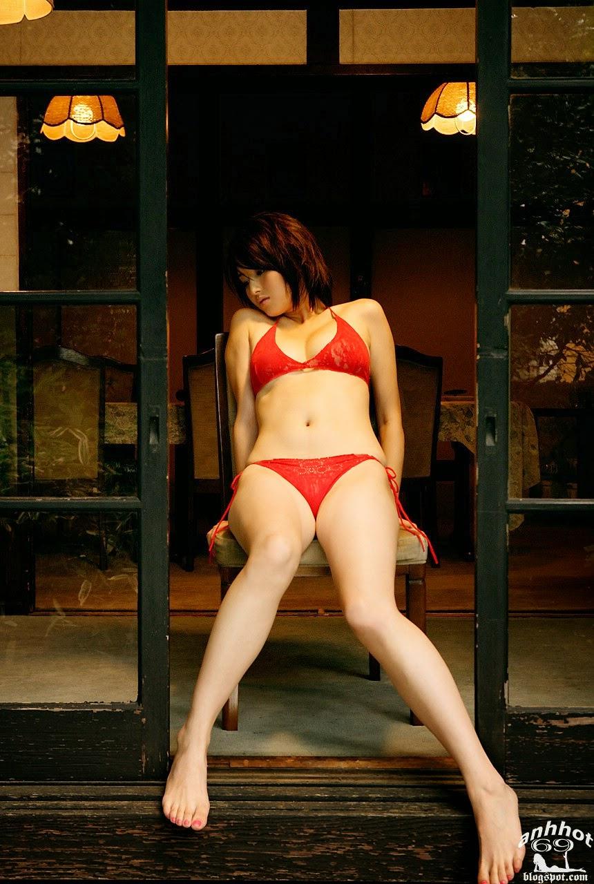 manami-hashimoto-01989712