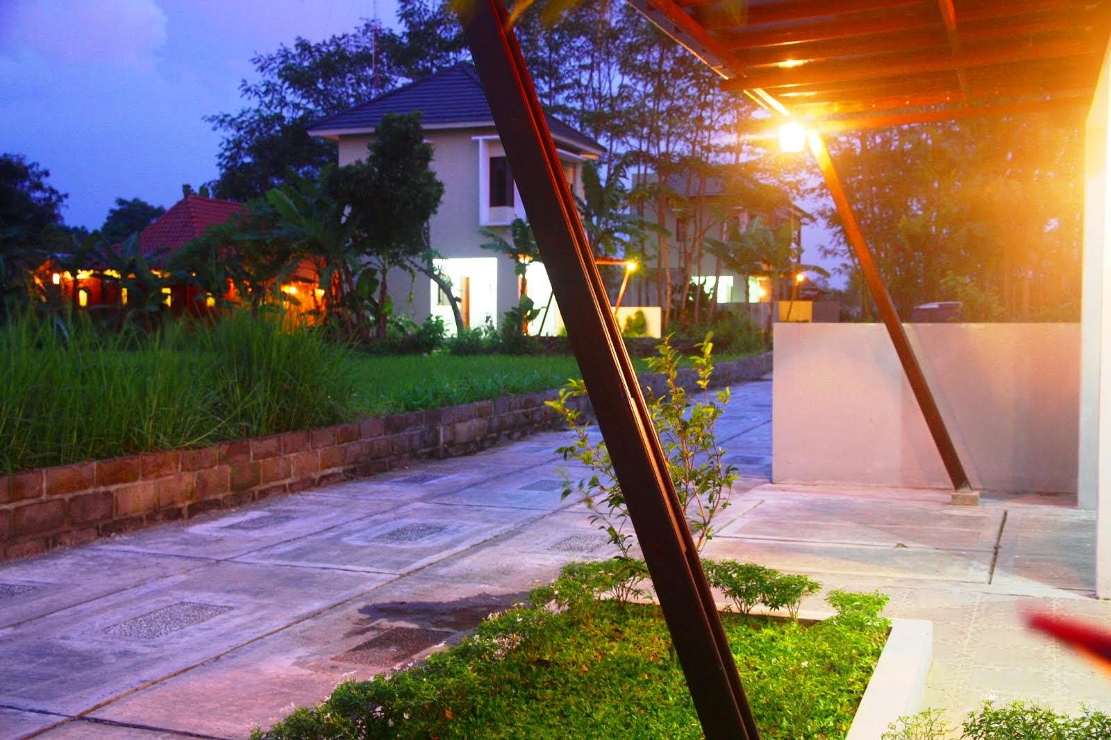 Rumah Desa Sendangtirto