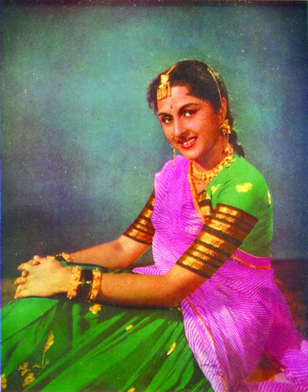 22 part 3 punjabi bhabhi in salwar suit selfie wid moans - 3 1