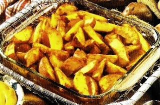 Picture of Crusty Potato Wedges on clear bowl