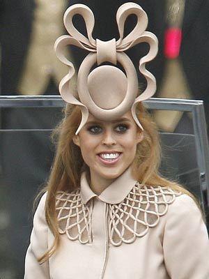 http://2.bp.blogspot.com/-98aY4XXUMk0/Tc1lwq3SCqI/AAAAAAAAALM/XRKjqAYYz0o/s1600/princess-beatrice-hat.jpg