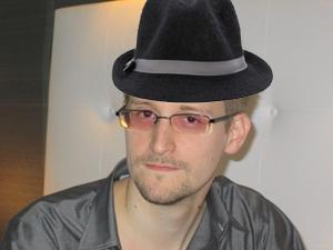 Edward Snowden wearing a fedora
