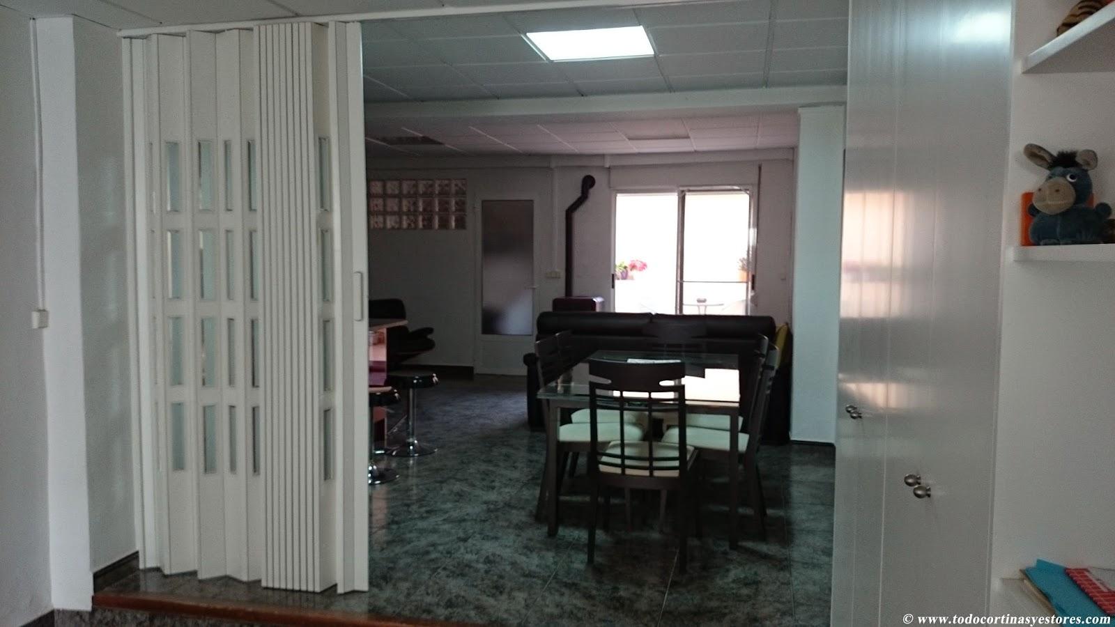 Decoracion interior cortinas verticales estores for Precios puertas interior blancas pvc