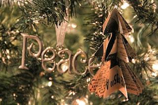 Árbol de Navidad para Colgar o para Mesa, Manualidades Recicladas Paso a Paso