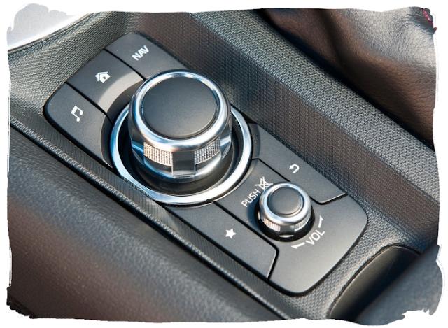 Mazda MX-5 Media Commander