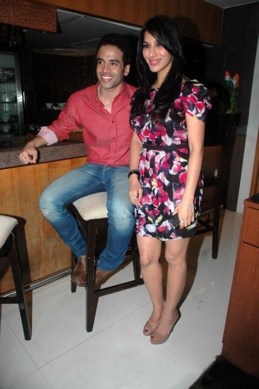 Tushar With Hot Babe Sophie Celebrity Valentine Event Pictures