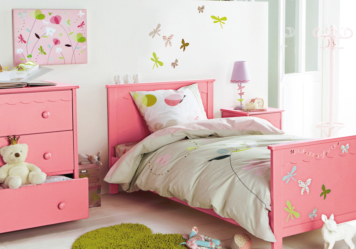 Childrens bedroom ideas for small bedrooms amazing home for Girls bedroom decor ideas