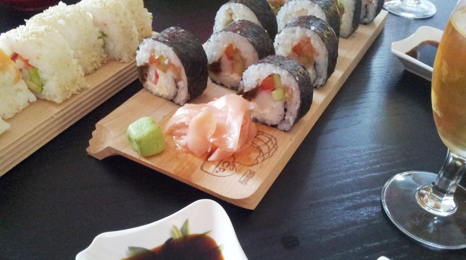 sushi awokado ogorek surimi