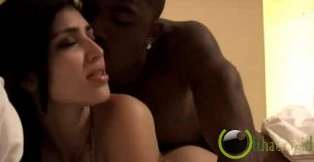 kim kardashian shower sex