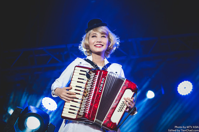Saori of SEKAI NO OWARI performing at MTV World Stage Malaysia 2015 on 12 Sep Pic 2 (Credit - MTV Asia & Aloysius Lim)