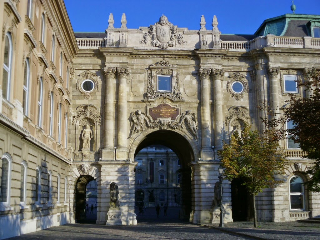 Portal no Palácio Real Budapeste