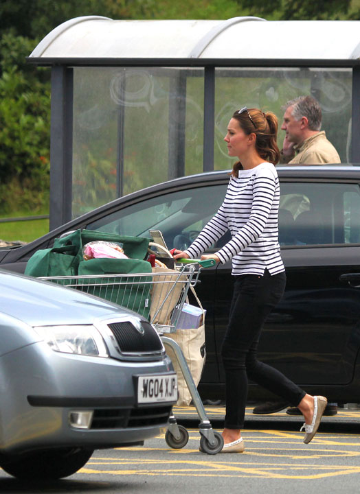 Kate Middleton Grocery Shopping