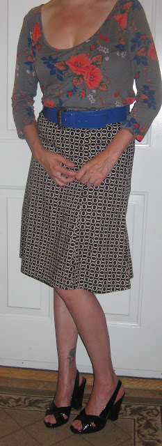 http://vvboutiquestyle.blogspot.ca/2012/08/four-and-floral.html
