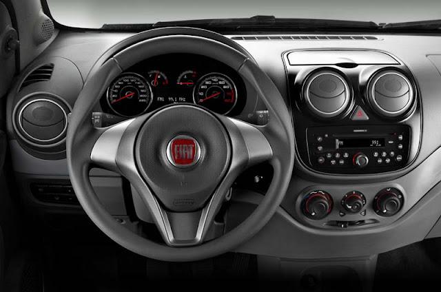 Fiat Palio Attractive 2013 - interior