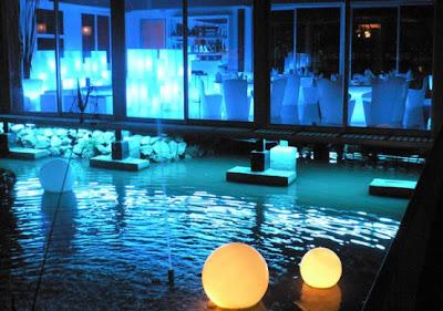 si usted no tiene una piscina en su casa a continuacin las luces se convertir en una hermosa decoracin de iluminacin exterior en su patio