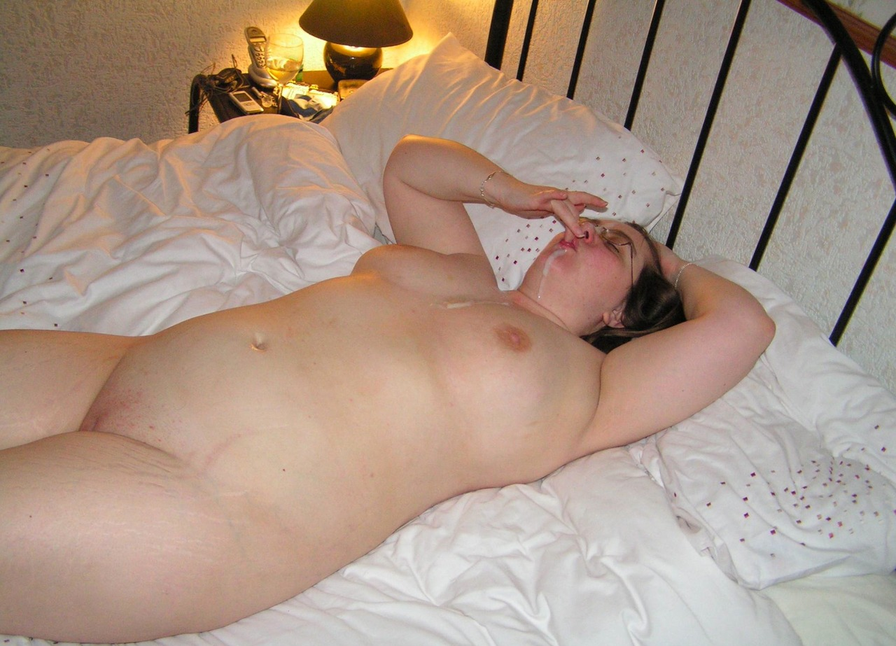 nude arabian stimulating clit sex