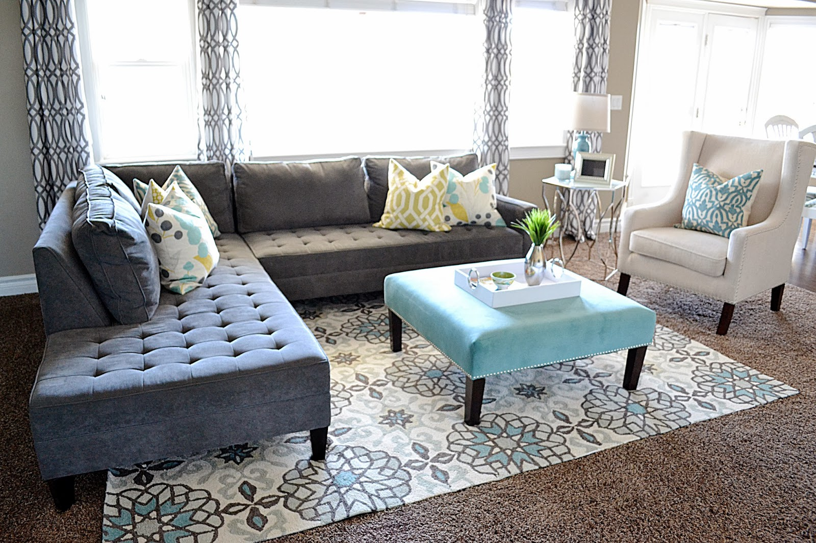 Sita montgomery interiors portfolio - Pleasing retreat home design granting the refreshing mountainous view ...