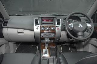 Spesifikasi Mitsubishi Pajero Sport Dakar