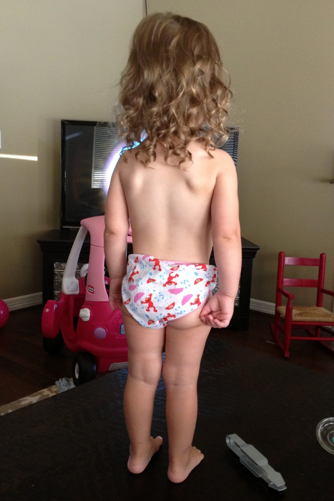 A little girl showing his body on camera 2