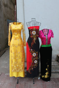 Vietnamese & Thai traditional dresses