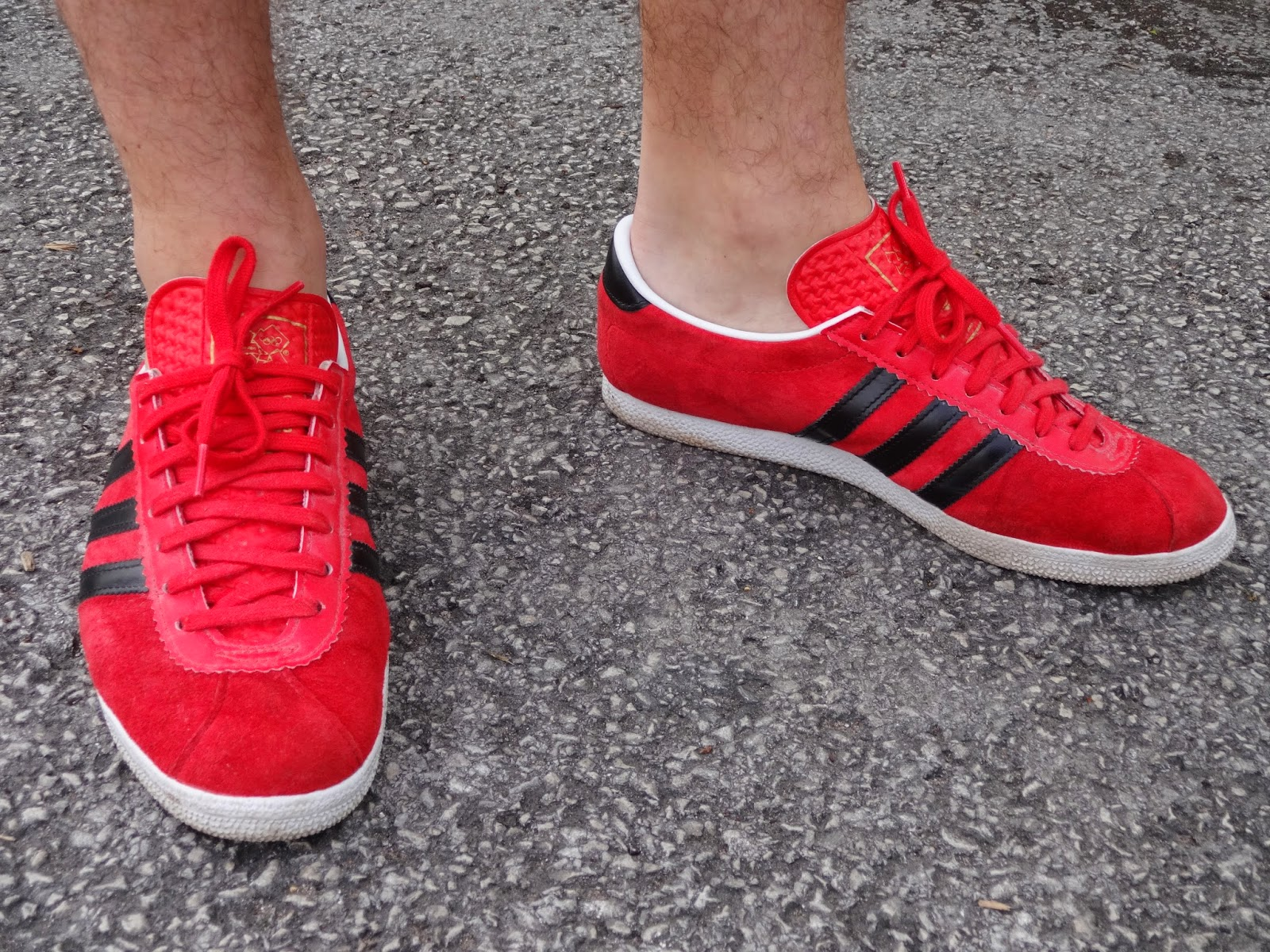 adidas london trainers red