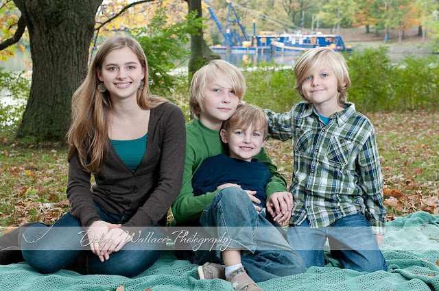 Genesee valley park rochester ny fall family photos blue barge