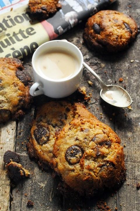 Le vendredi c'est retour vers le futur... Les cookies très chocolat du dimanche après-midi qui peuvent aussi se manger le vendredi...