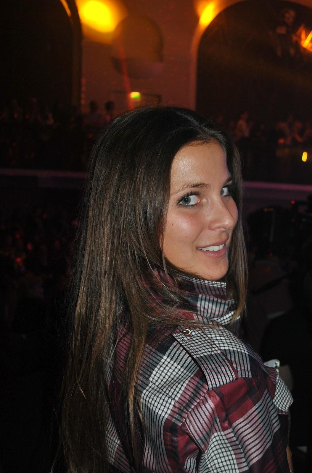 http://2.bp.blogspot.com/-9BiE1WjJQNU/UHGPpvn6bnI/AAAAAAAABks/gcoWxoy8vXE/s1600/JPG+reporter.jpg
