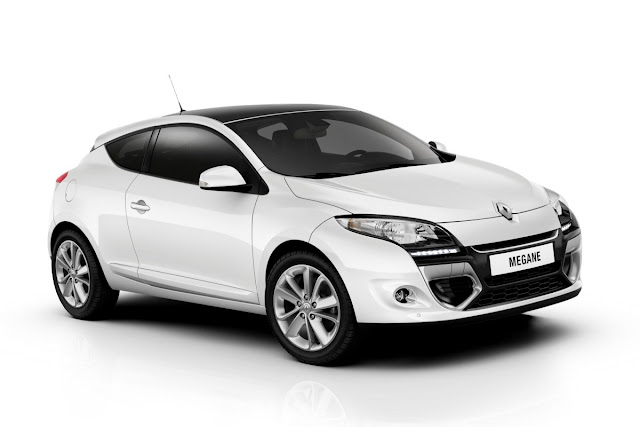 new renault megane 2012 2013 official photos garage car. Black Bedroom Furniture Sets. Home Design Ideas
