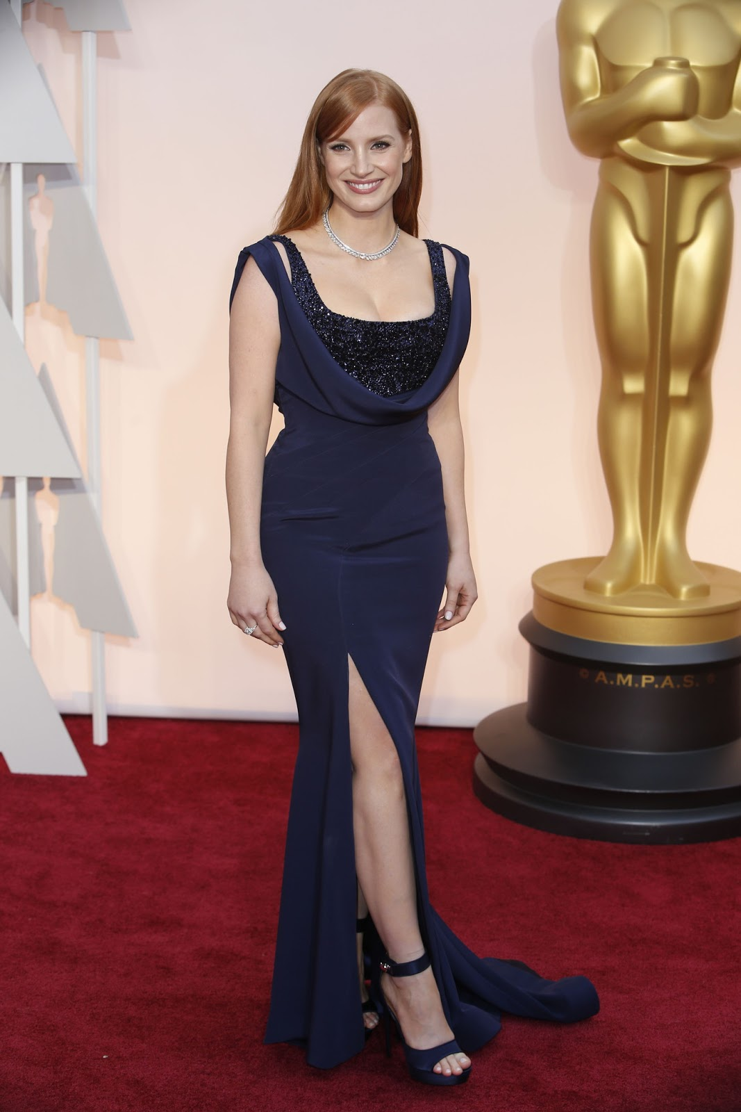 Jessica Chastain in Givenchy at the Oscars 2015