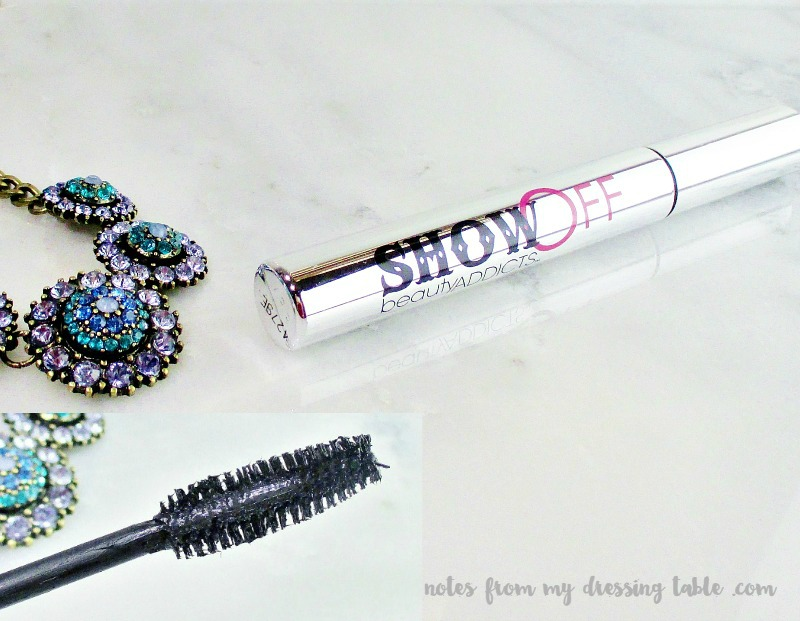 Beauty Addicts Show Off Mascara notesfrommydressingtable.com