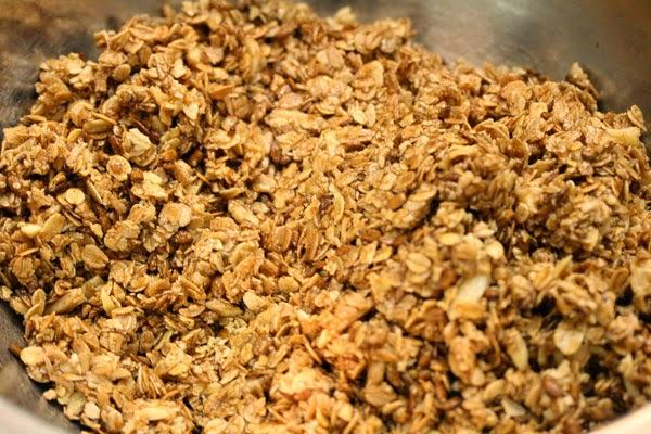 granola-mixture