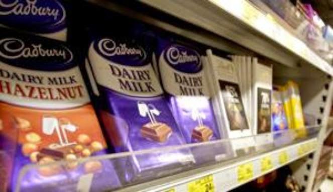 DNA Babi dalam Coklat Cadburry Kacang Hazelnut dan Kacang Badam