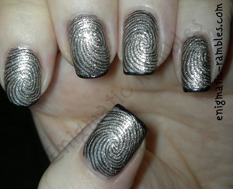 essie-beyond-cozy-a-england-ophelia-bundle-monster-414-bm414-stamped-stamping-nails-nail-art