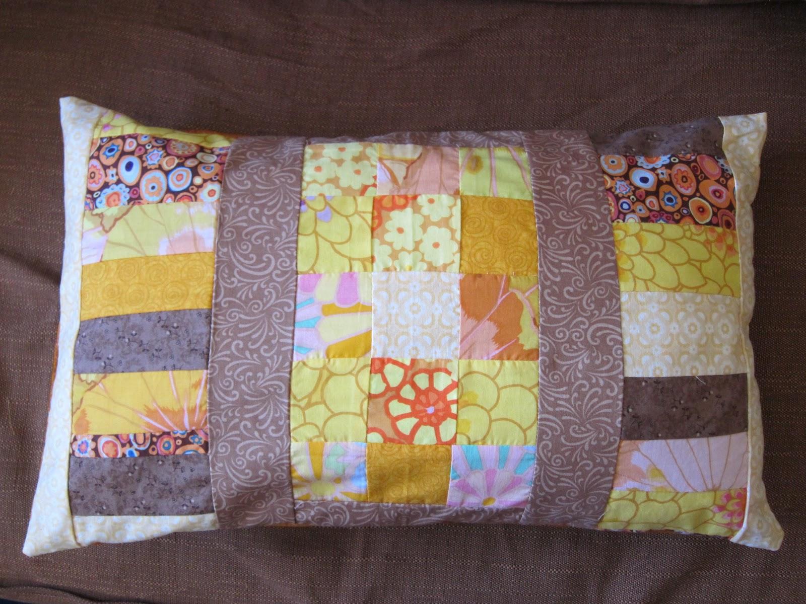 capharna m housses de coussin patchwork. Black Bedroom Furniture Sets. Home Design Ideas